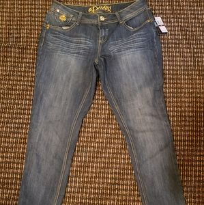Dereon jeans